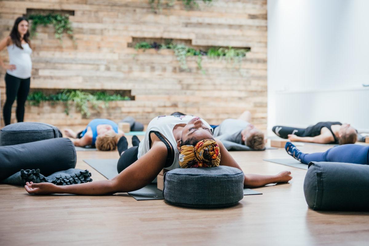 Yin Yoga - OneFit